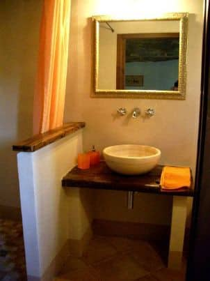 Bathroom Apartment Le Avellane Agriturismo Vellaneta