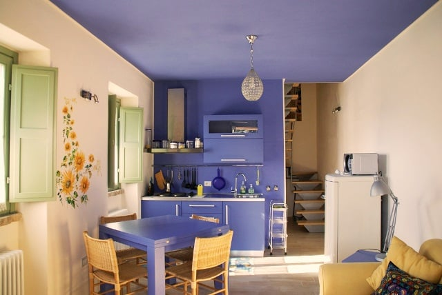 Woonkamer en keuken appartement Tramonto
